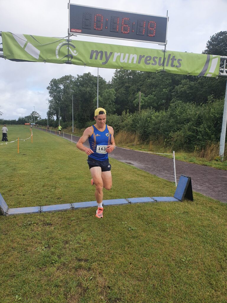 Ciarán Madden ran strongly for a third-place finish at the Drogheda 5km.